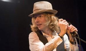 Beck está grabando un disco acústico.