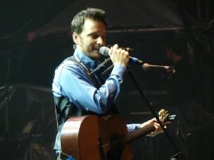 Antonio Birabent lanzará pronto su nuevo disco Lápiz, papel y guitarra.